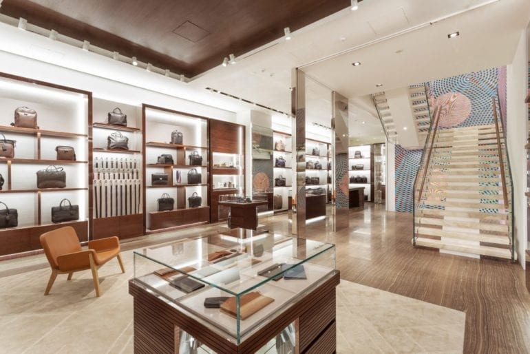 Longchamp Philippines expands with fourth store  63d1e35b29506